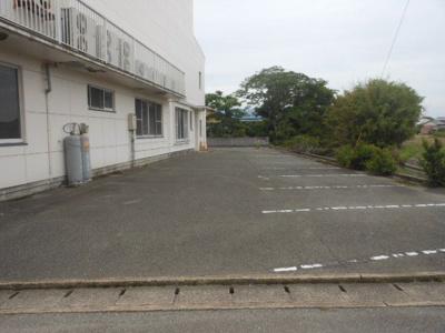 【駐車場】大川市中木室売店舗事務所