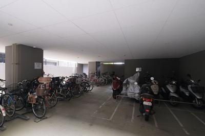 【駐輪場】トラスト新宮中央ネクサージュ
