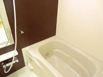 【浴室】ポーシェガーデン3