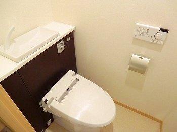 【トイレ】ポーシェガーデン3