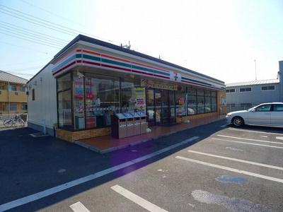 セブンイレブン太田市藤阿久町店まで450m