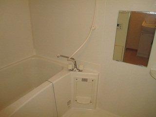 【浴室】コルティーレ B