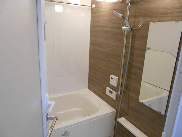 【浴室】ミストサウナ機能付き浴室暖房乾燥機付きの浴室です!