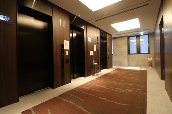 【共用部分】エレベータ―ホールです。