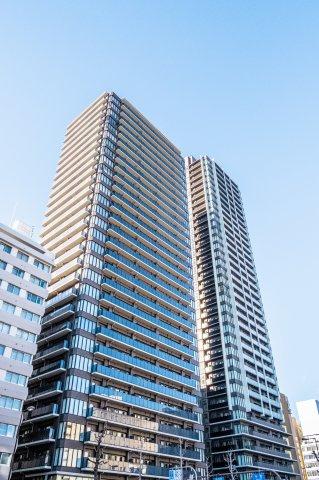 【外観】心斎橋から東、落ち着いた鰻谷エリアの30階建て高層タワーレジデンス♪大阪メトロ「長堀橋」駅から徒歩1分の好立地です!