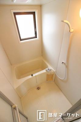 【浴室】パインフラットマンション