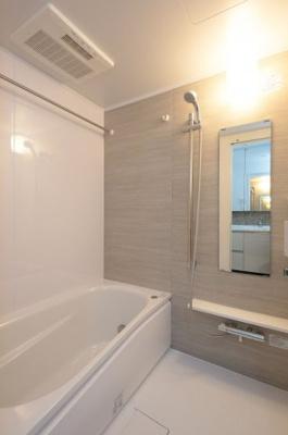 【浴室】ルジェンテ・バリュ上野x