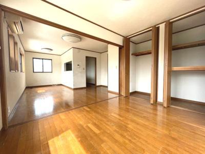 【居間・リビング】堺市中区東山戸建
