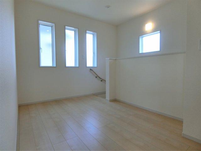 2階ホールです。広いスペースの活用方法を考えるのも楽しい♪