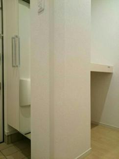 廊下にある収納スペースです。