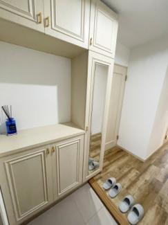 リフォーム後完成予想図です。 ■広々とした奥行きの使いやすいカウンターです。 ■洗面下台は背の高い物もスッキリ収納可能です。 ■ミラー裏はたっぷりの収納スペースになっています♪