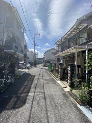最寄駅は片町線『住道』駅で、徒歩12分です。