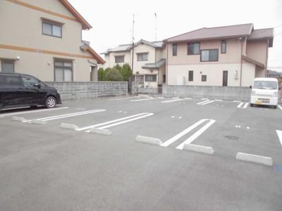 【駐車場】ル リアン