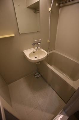 【浴室】ジェイパークステーション田町