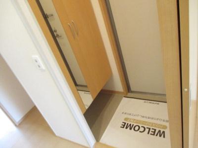 落ち着いた玄関です 【COCO SMILE ココスマイル】同型タイプ