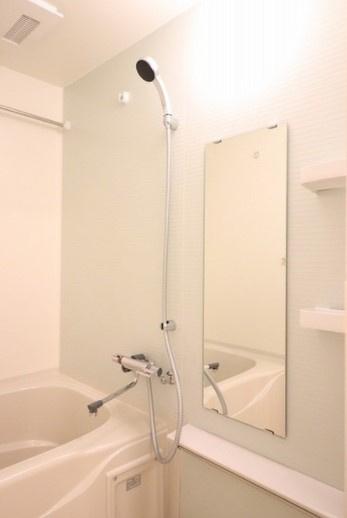 【浴室】コンフォリア新宿