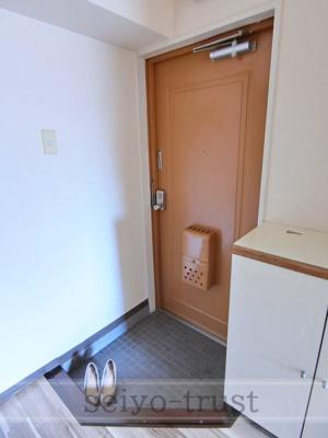 【玄関】フラワービル