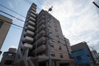 阪東橋駅徒歩4分のマンションです