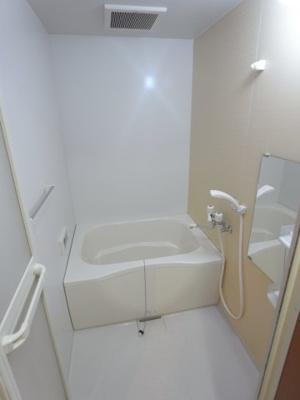 【浴室】フロンティアハイツ吹上