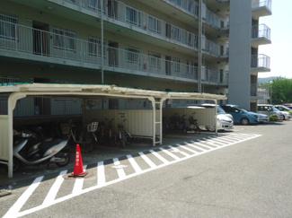 【駐車場】日商岩井多田マンション北棟 4階