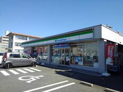 ファミリーマート神戸九丁目店まで1400m