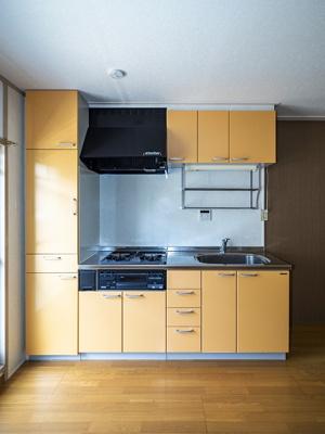 サイド収納付システムキッチン