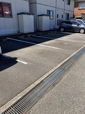 【駐車場】メゾン・ウイングB