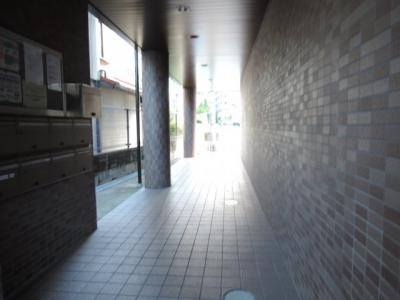 【エントランス】エキスポロード茨木