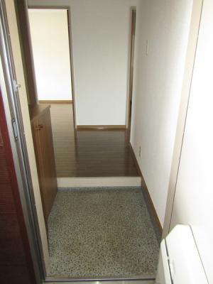 【玄関】クレールICHIKAWA