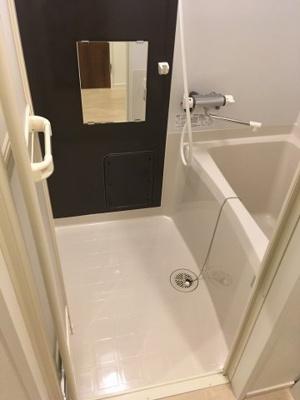 101号室 浴室