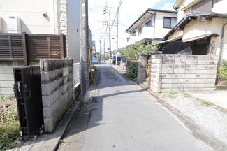 千葉市中央区長洲 中古一戸建て 本千葉駅 前面道路の車通りはほとんどありません!