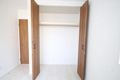 2階 洋室3(5.25帖)クローゼット