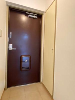 【玄関】煉瓦館9