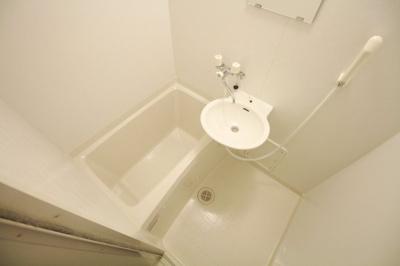 【浴室】レオパレスGreen Oji