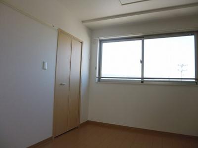 【洋室】レジデンス斑鳩