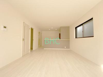 【居間・リビング】雄琴5丁目 分譲12区画 4号棟