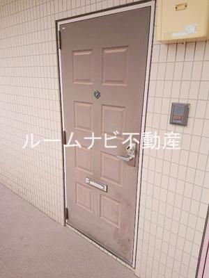 【玄関】パークサイド・ヴィラ