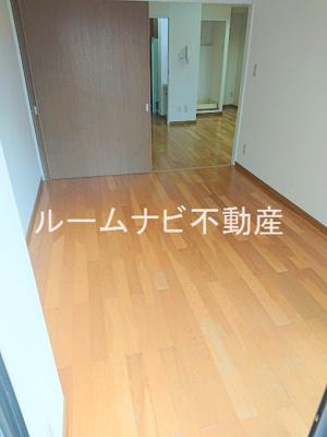 【居間・リビング】パークサイド・ヴィラ