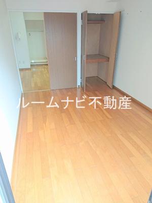 【寝室】パークサイド・ヴィラ