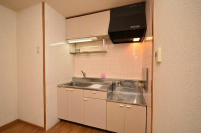 【キッチン】アネックス徳吉III