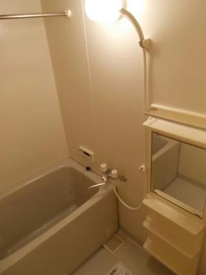 【浴室】シューテル宝町