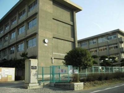 誠之中学校まで900m