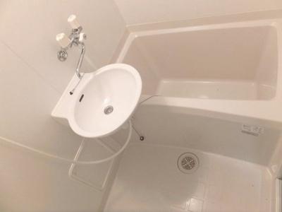 【浴室】レオパレスフェリキタス花園