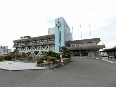 神戸町役場まで900m