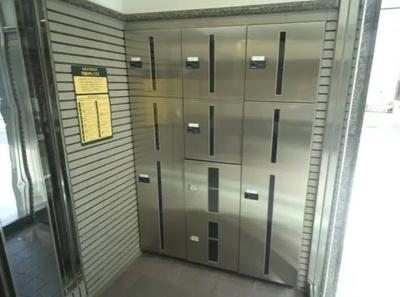 ピアチェーレ板橋徳丸の宅配ボックスです。