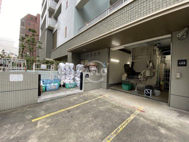 ライオンズマンション大阪スカイタワー ゴミ置場