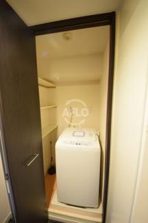 カスタリア堺筋本町 室内洗濯機置場
