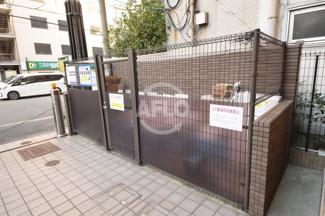 カスタリア堺筋本町 ゴミ置き場
