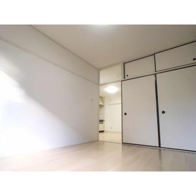 【居間・リビング】行田ハイツ2号棟