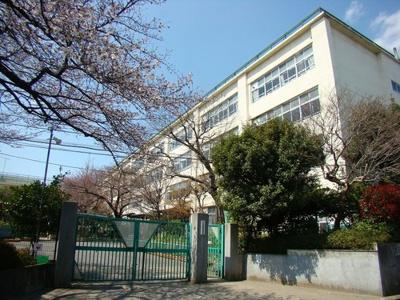 杉並区立井草中学校